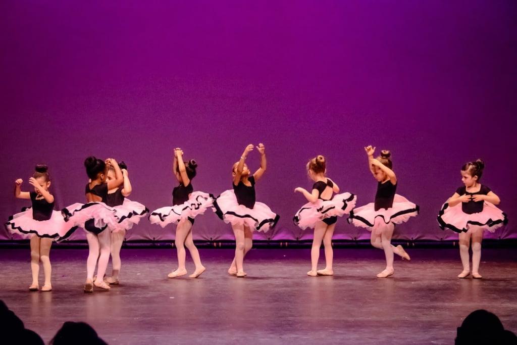 purple-dancers